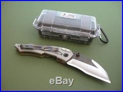 Dwaine Carrillo / Airkat Knife Custom M250 Cobra / Green G10 & Red Paduak / Mint