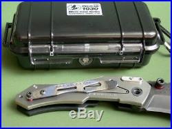 Dwaine Carrillo / Airkat Knife Custom Scout / Black G10 & Ti / Button Lock / New