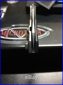 Microtech Sigil, M390, Black Aluminum Scale
