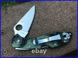 Spyderco Delica 4 ZOME Glow in the Dark FRN Pocket Knife Limited VG-10 Blade